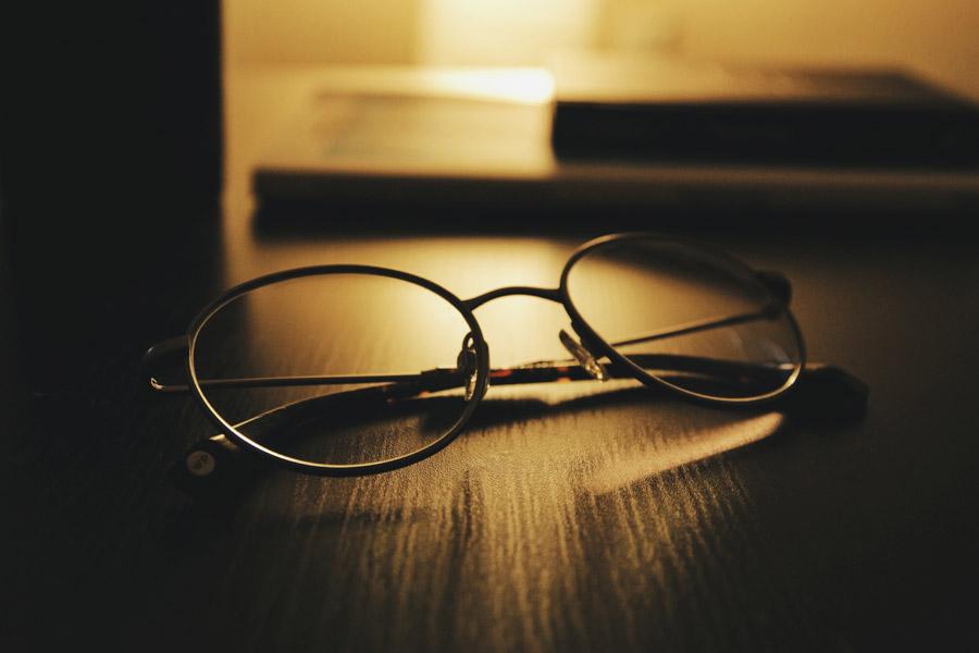 【必須??!】場面に応じた快適な視界にする為に…コンタクトvsメガネ
